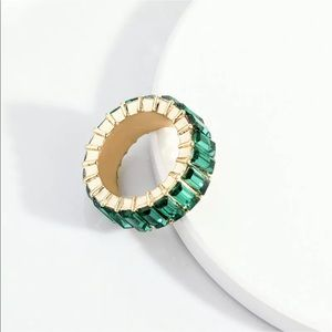 Jewelry - ✨LAST ONE✨ Emerald Green Baguette Stack Ring